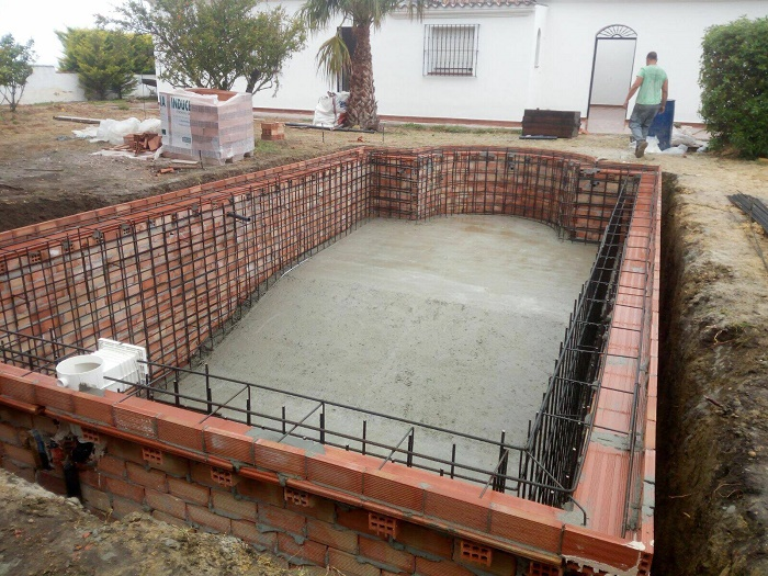 How To Build A Concrete Swimming Pool Step By Step House
