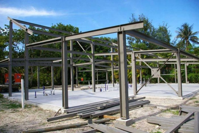 advantages of steel structures