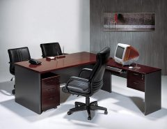 how to choose a desk for your office