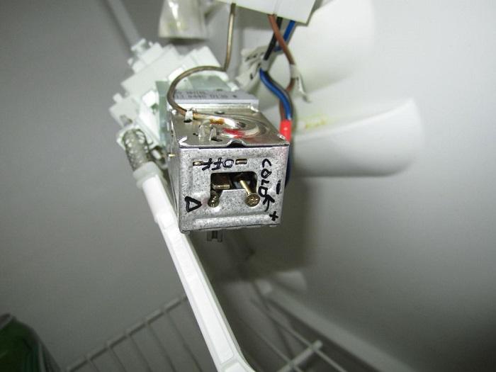 how to adjust refrigerator thermostat