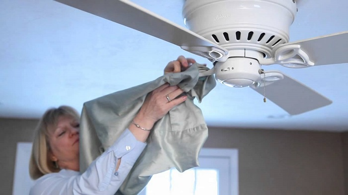 How to clean the fan